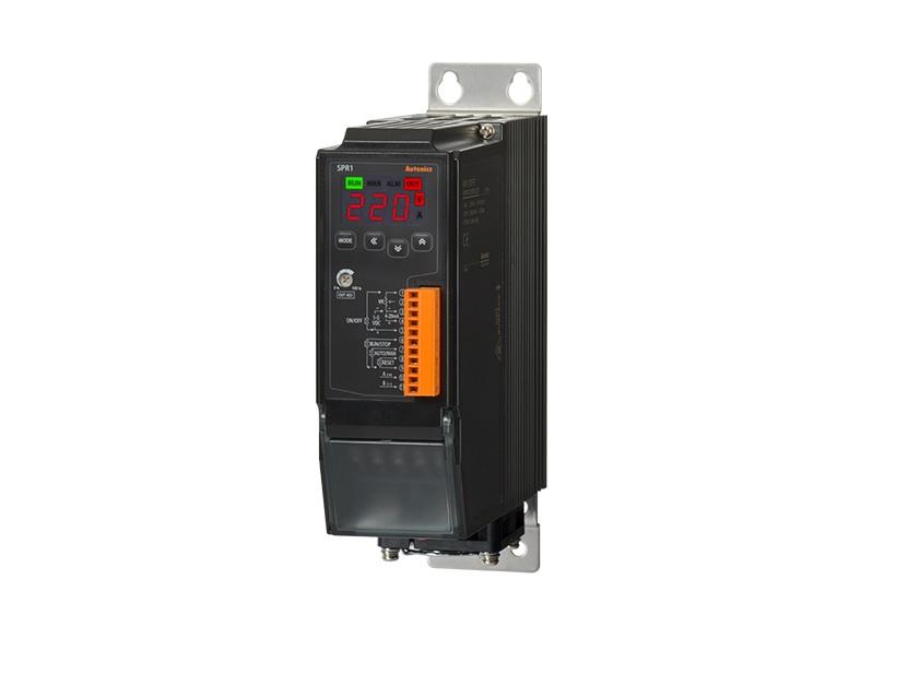 Monofazni kontroler serije SPR1, minimalnih dimenzija, širine od samo 55mm, idealan za ugradnju u ograničenim prostorima.Sa LED displejom koji omogućava praćenje u realnom vremenu kontrole ulaza, napona opterećenja, struje opterećenja, snage opterećenja, otpornosti na opterećenje i temperature hladnjaka. Kontroleri imaju funkciju kontrole faze, kontrole ciklusa i ON / OFF kontrole, uz kontrolu povratne sprege (konstantna struja, konstantni napon, konstantna snaga) dostupne za tačnu i stabilnu kontrolu snage.